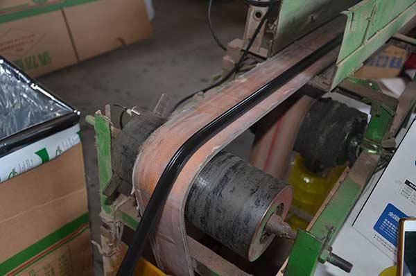 复合胶条生产线